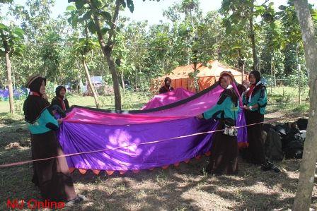 Pembukaan Perwimanas I di Pesantren Babus Salam Jombang