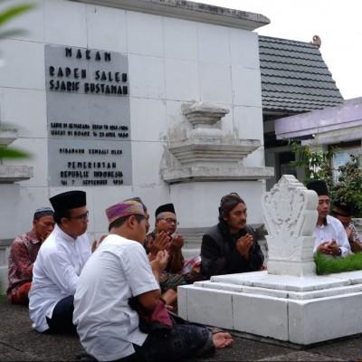 Unusia Anjangsana Pesantren-pesantren di Tatar Sunda