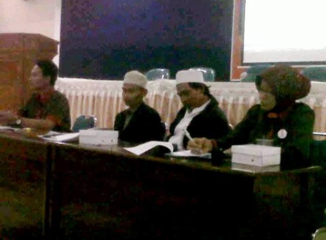 "PMII Grobogan Bedah Novel ""Surga untuk ODHA"""
