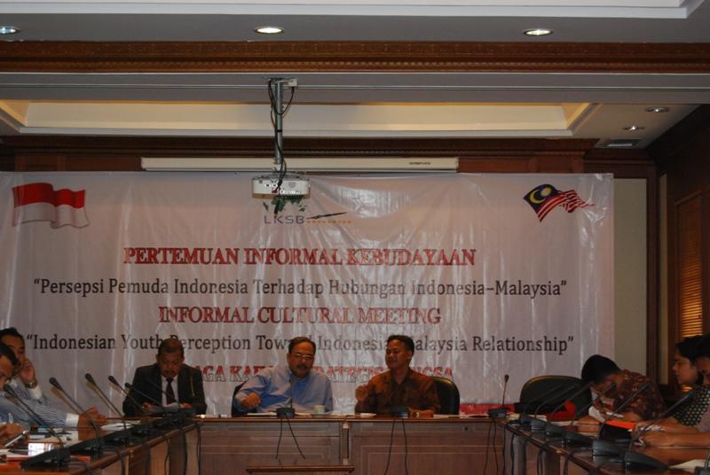 LKSB Bahas Hubungan Indonesia dan Malaysia