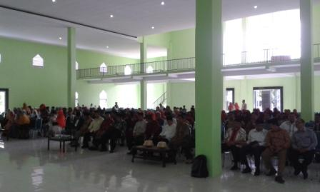 UIM Masuk Gedung Baru dengan Khatam Qur'an dan Barazanji