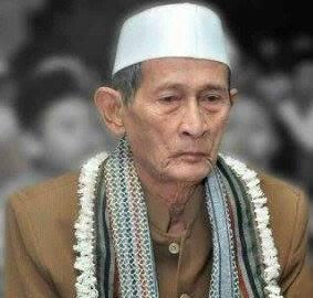 KH Ishaq Latief Mengabdi Sepanjang Hidup di Pesantren Tebuireng