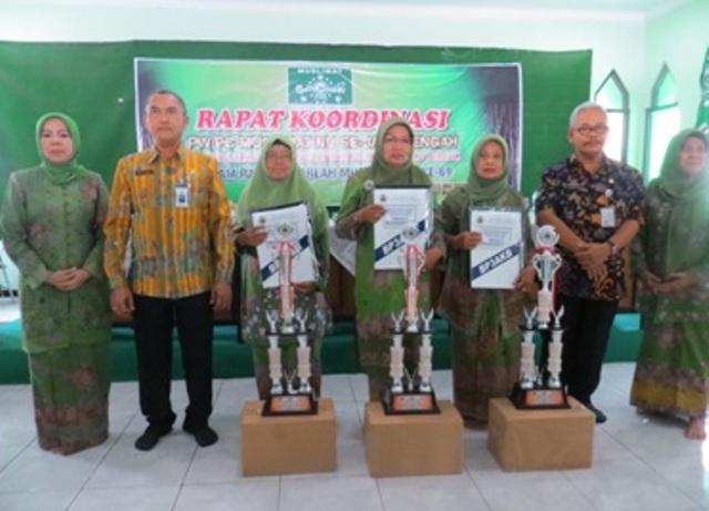 Layani Program KB, 3 Cabang Muslimat NU di Jateng Terima Penghargaan