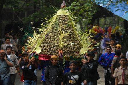 Keraton Surakarta Gelar Tradisi Grebeg Syawal