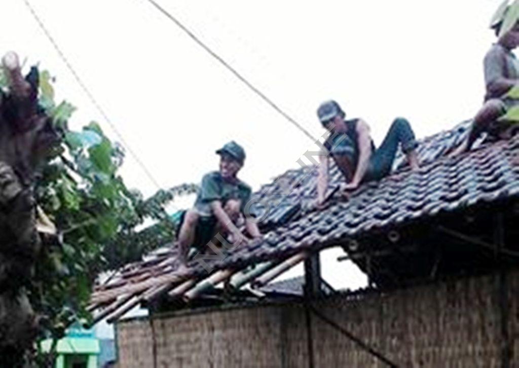 Mahasiswa NU Jepara Perbaiki Rumah Tak Layak Huni Seorang Janda