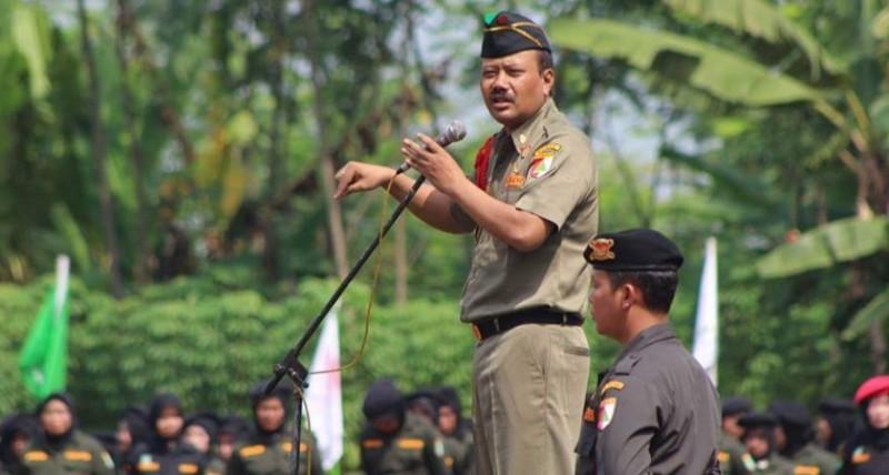 Komandan Nasional Banser: Ini Cara Copot Spanduk Makar Khilafah
