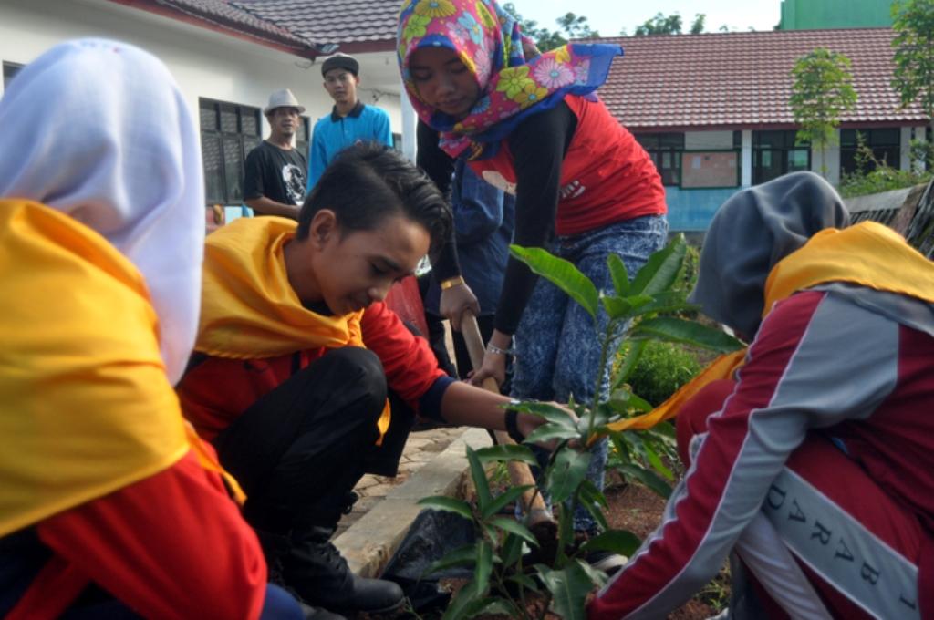 Ansor Way Kanan Tabung Pohon di Pesantren Untuk Kemandirian Organisasi