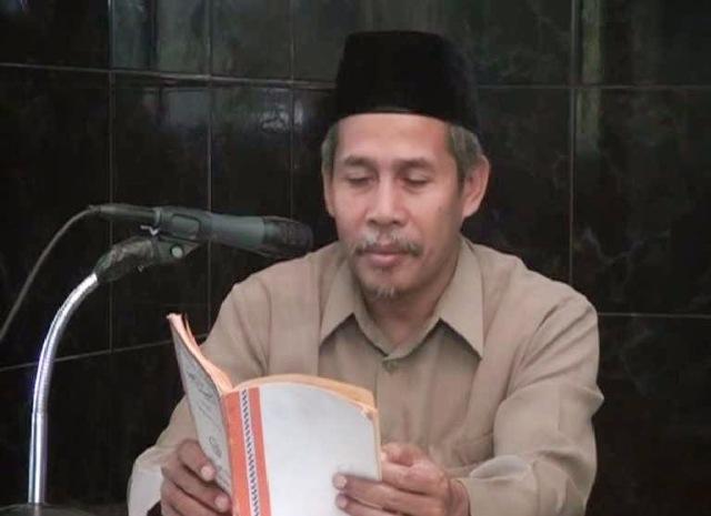 KH Marzuki Mustamar Umpamakan Orang Serakah dengan