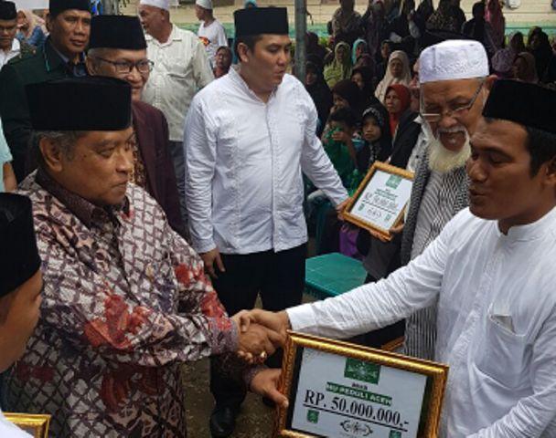 Pesan Ketum PBNU Saat Serahkan Bantuan untuk Korban Gempa Aceh