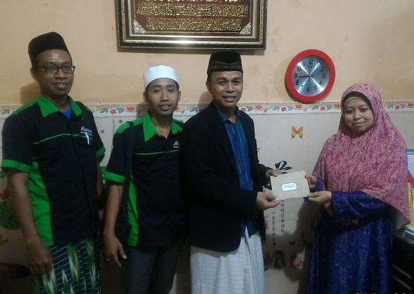 Numart Sidoarjo Berikan Donasi ke Pesantren Al-Amanah Junwangi Krian