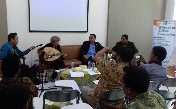 Islam Indonesia Bukan Wajah Kebencian