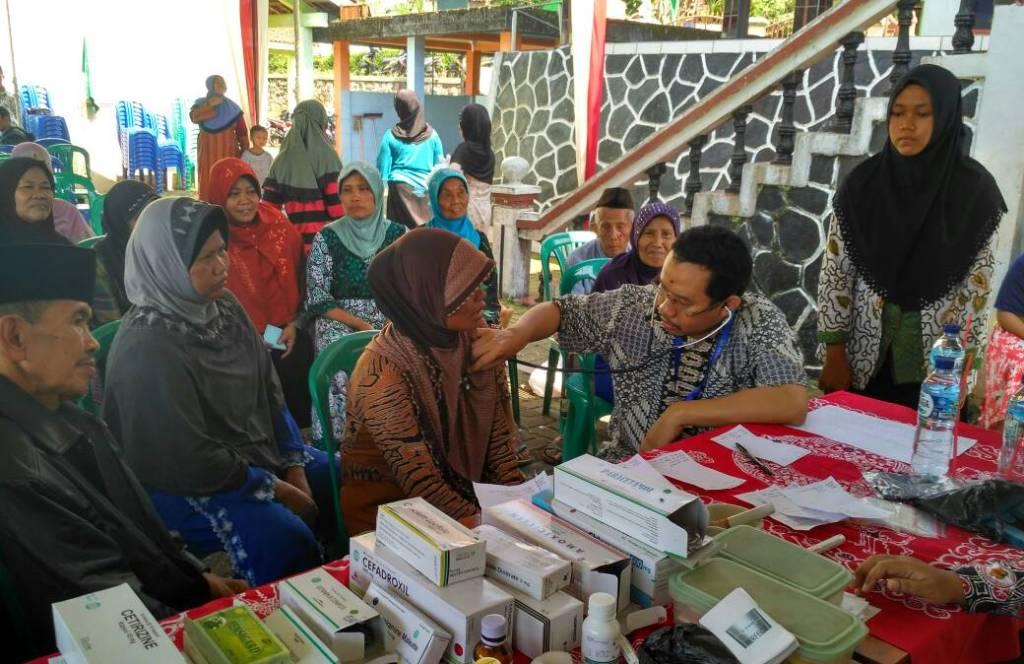 Sambut Ramadhan, UPZIS Limpung Adakan Pengobatan Gratis