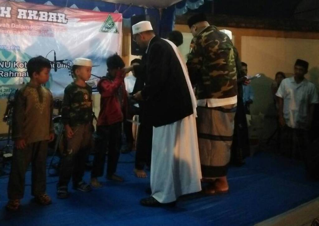 GP Ansor Kota Sukabumi Santuni 99 Yatim Piatu