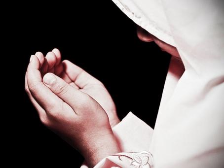 Ini Hukum Qunut Witir Setelah Separuh Ramadhan