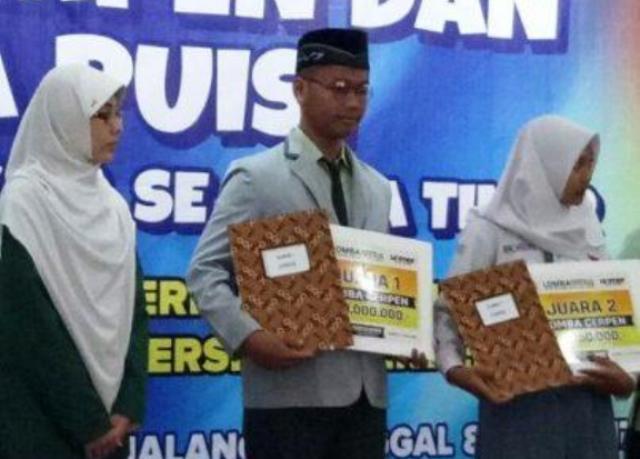 Santri Nuris Jember Sabet Juara 1 Lomba Cerpen dan Cipta Puisi Se-Jatim
