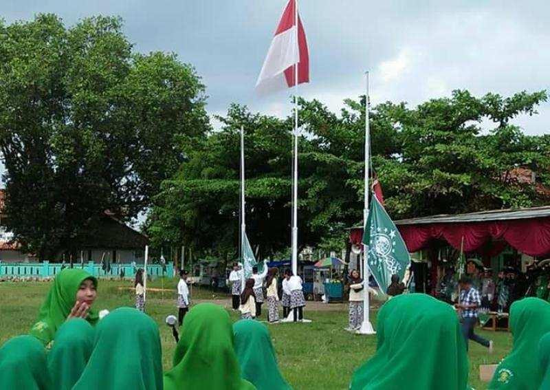 Hormat Bendera Indonesia dalam Islam