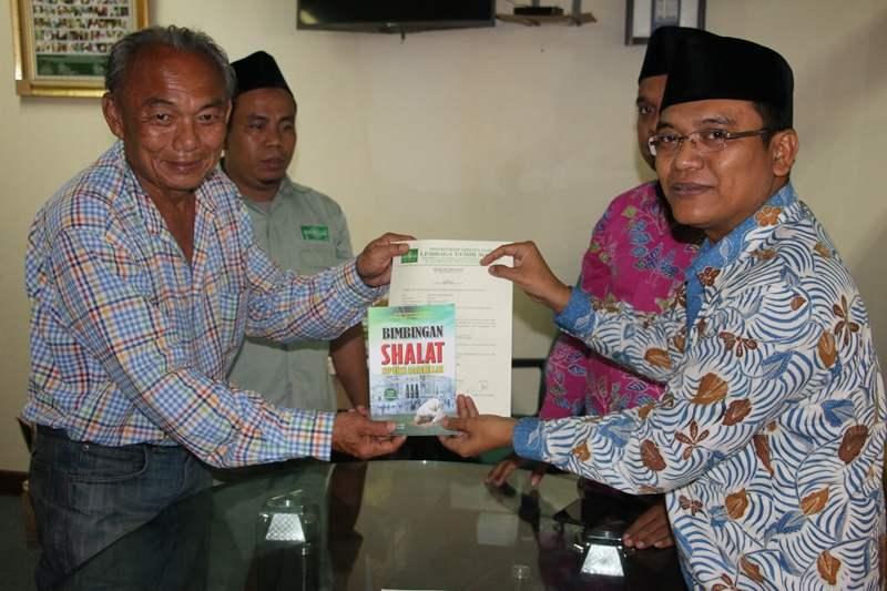 Lagi, PBNU Bimbing Dua Warga Jakarta Masuk Islam