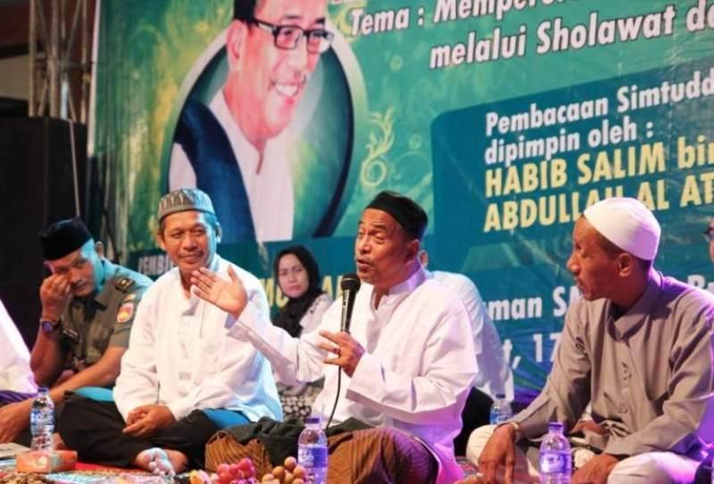 Habib Umar Muthohar: Fisik dan Pakaian Nabi SAW Tidak Wajib Ditiru, Tetapi Akhlak