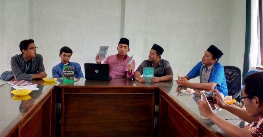 Empat Dosen STAINU Temanggung Rillis Buku