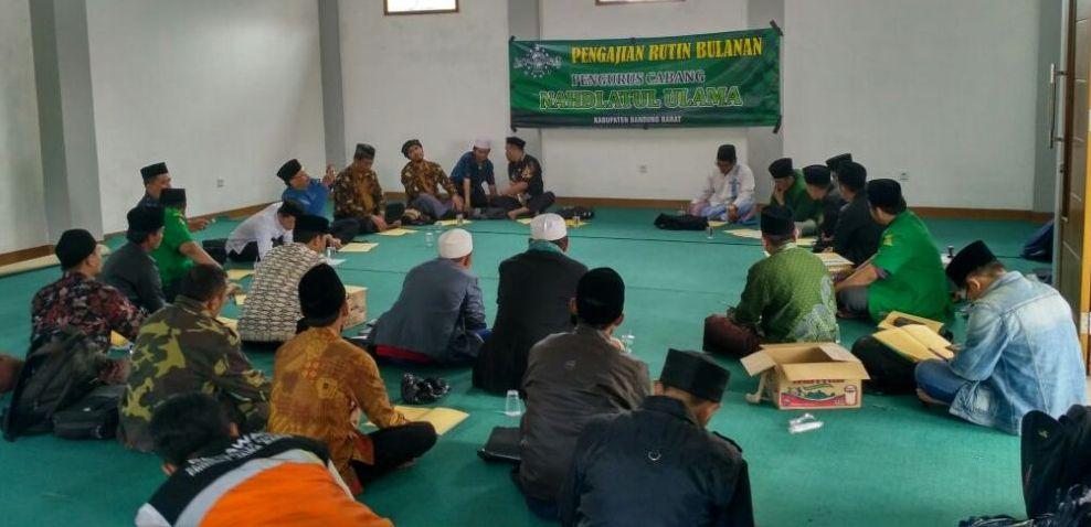 Jaga Silaturahim, PCNU Bandung Barat Ngaji Kitab Karya Mbah Hasyim