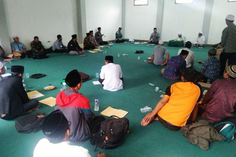 Ngaji At-Tibyan Bangun Takzim Nahdliyin Bandung Barat