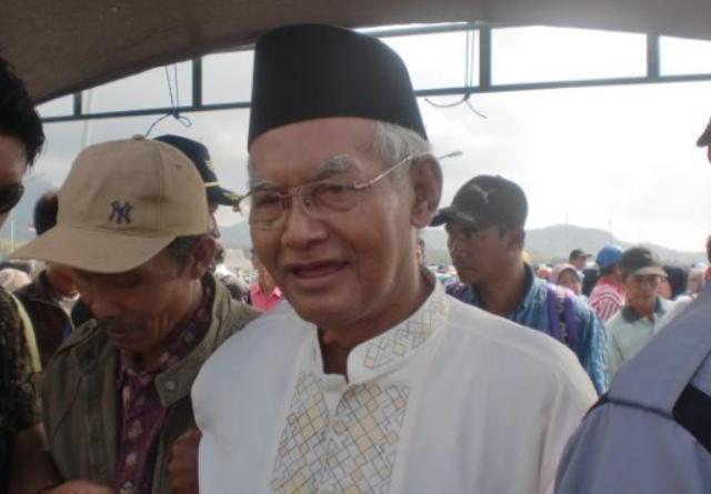 KH Anwari Faqih Bawean, Pendidik Visioner