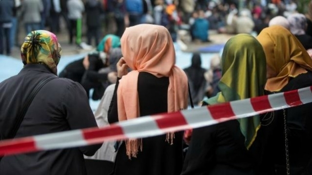Austria Larang Siswa Sekolah Dasar Pakai Jilbab