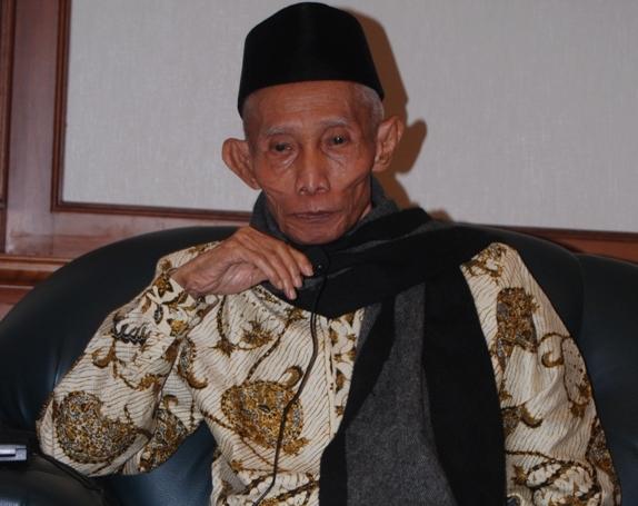 Dua Figur Panutan KH Sahal Mahfudh