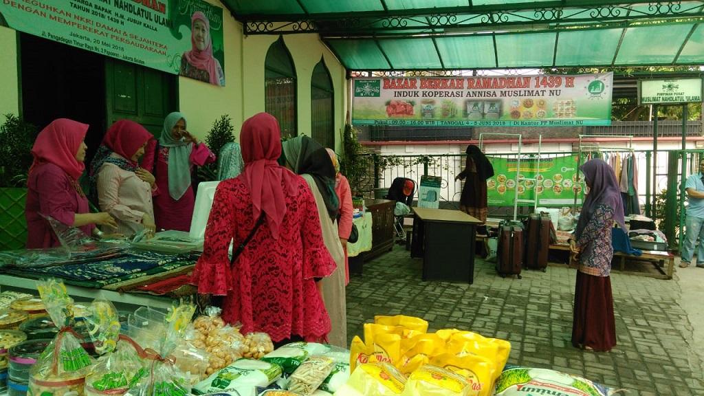 Muslimat NU Gelar Bazar Berkah Ramadhan 1439 H