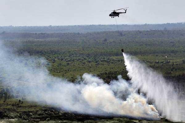 Cegah Potensi Kebakaran Hutan dan Lahan dengan Bom Air