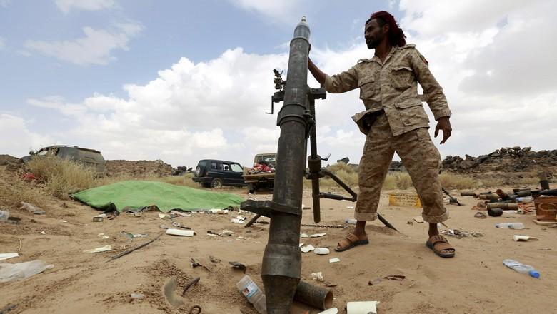 Pasukan Koalisi Saudi-Houthi Bertempur di Hodeibah, 4 Tewas
