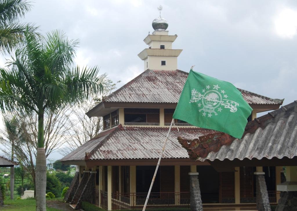 Hukum Masuk Masjid bagi Non-Muslim