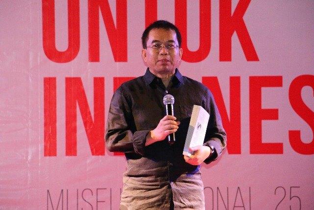 Yudi Latif Sebut Demokrasi di Indonesia Alami Krisis Legitimasi dan Efisiensi