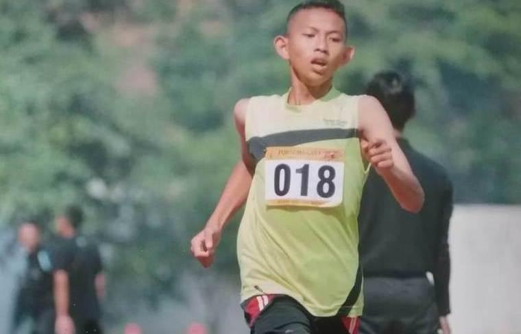 Juara Satu Lari Tanpa Sepatu Terima Beasiswa LAZISNU