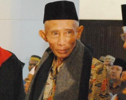 Saran KH Sahal Mahfudh agar NU Selamat dari Godaan Politik Praktis