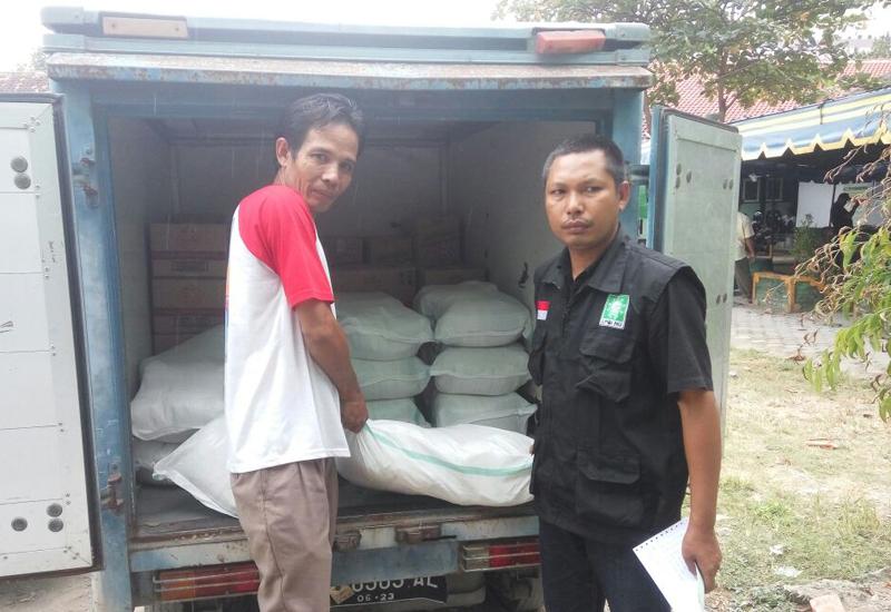 BCA Mataram Salurkan Bantuan Korban Gempa Melalui NU NTB