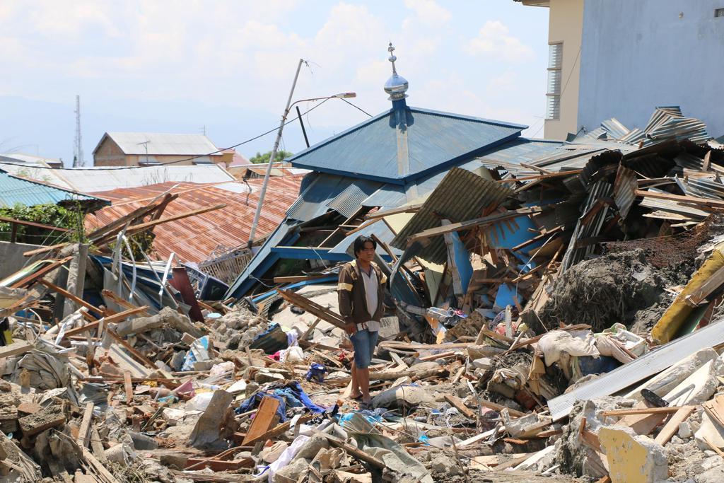 Khutbah Jumat: Tiga Sikap Bijaksana Menghadapi Bencana