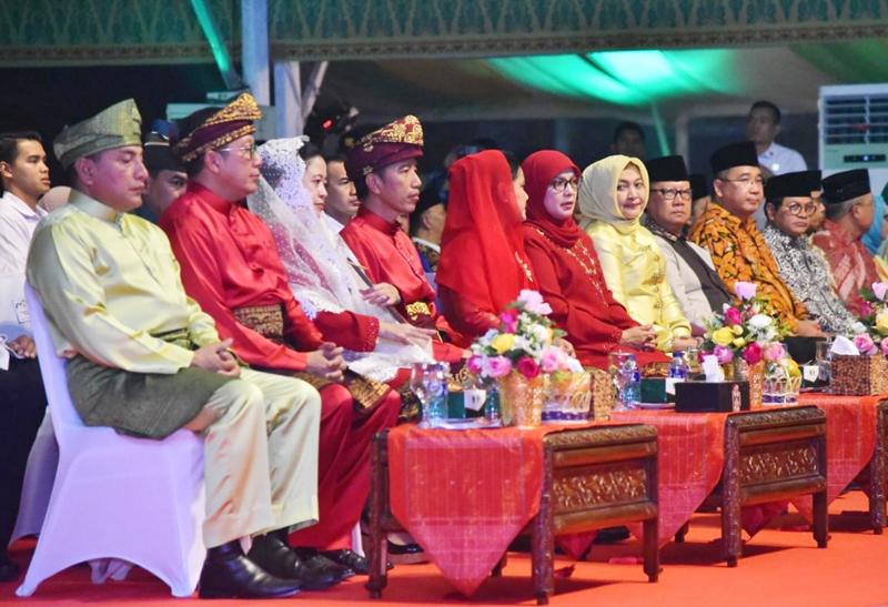 Saat Buka MTQ, Jokowi Pimpin Kirim Al-Fatihah untuk Korban Bencana Alam