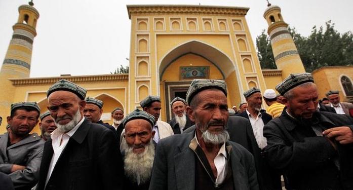China Luncurkan Kampanye Anti-Halal di Xinjiang