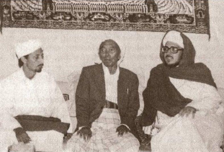 Kisah Ulama Yaman Belajar Nahwu Sharaf kepada Kiai Makhrus Ali