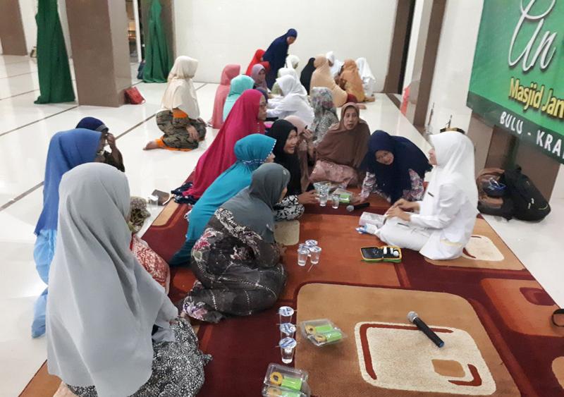 Sambut Maulid Nabi, Masjid At-Taubah Kraksaan Gelar Pengobatan Gratis