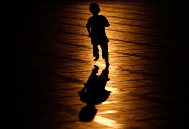Biasakanlah Anak Kecil ke Masjid! Bagaimana jika Berisik?