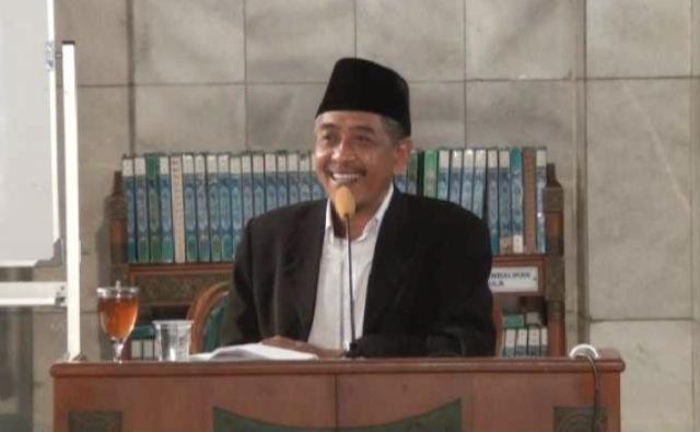 Perihal Menghina Pemimpin, Ini Kata KH Luqman Hakim