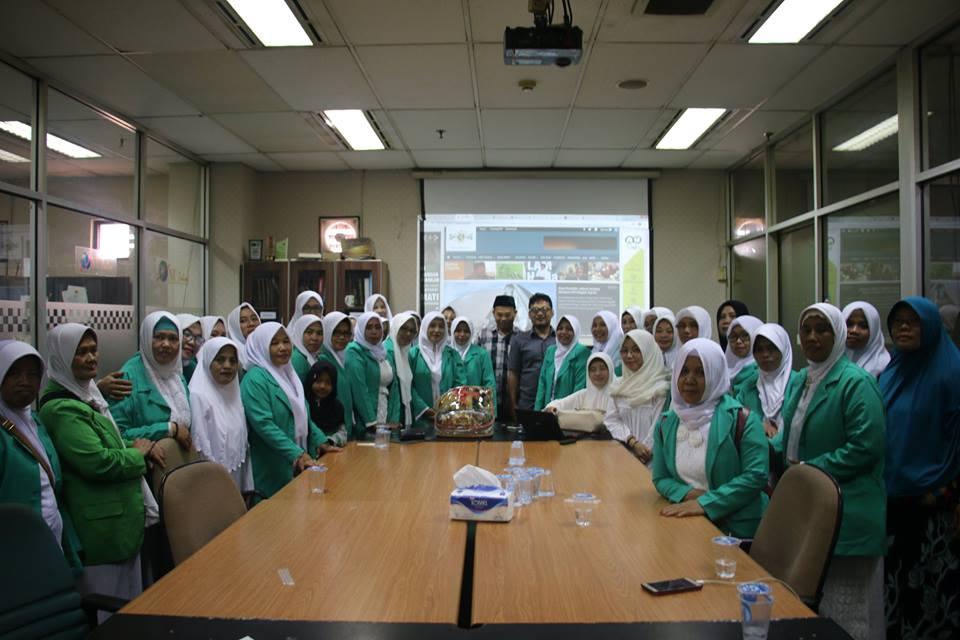 Fatayat NU Wonosobo Berkunjung ke Kantor NU Online