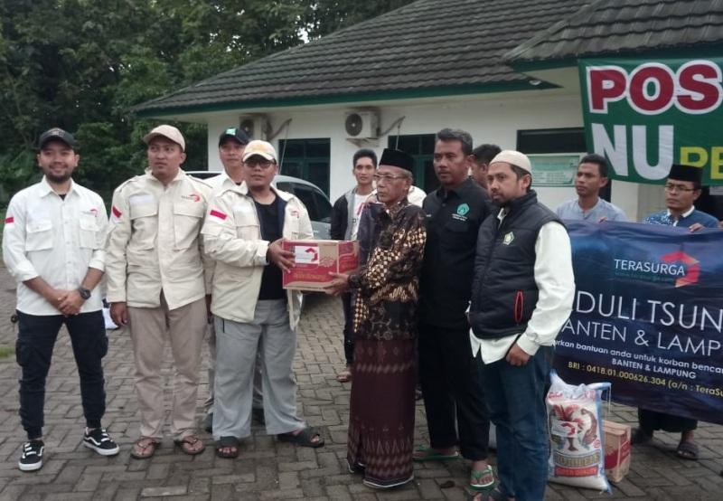 LPBINU DKI Jakarta Turunkan Bantuan Sandang dan Pangan di Lokasi Tsunami Banten