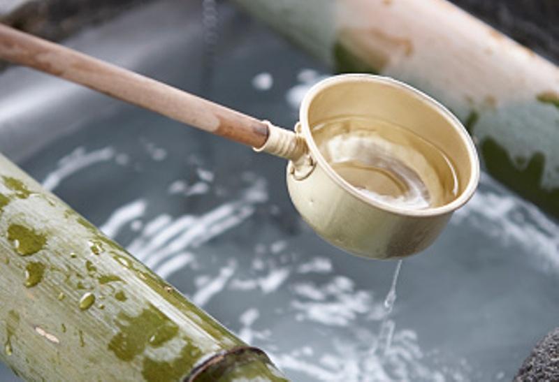 Berwudhu dengan Air Satu Gayung, Bolehkah? (I)