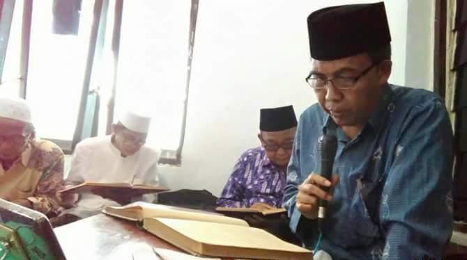 Kiai Subhan Makmun: Beda Wa'alaikumussalam dan Wa'alaikum Salam