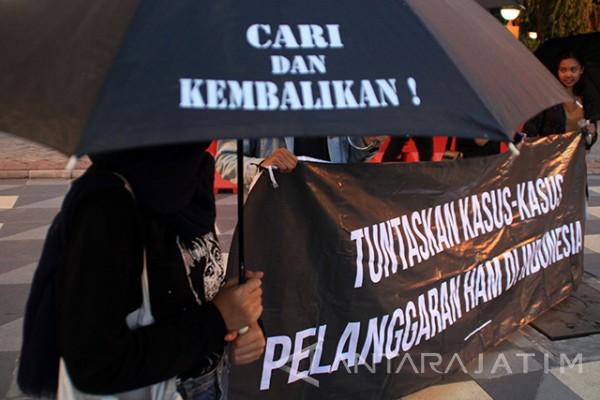 Jalan Terjal Penyelesaian Kasus HAM Besar di Indonesia