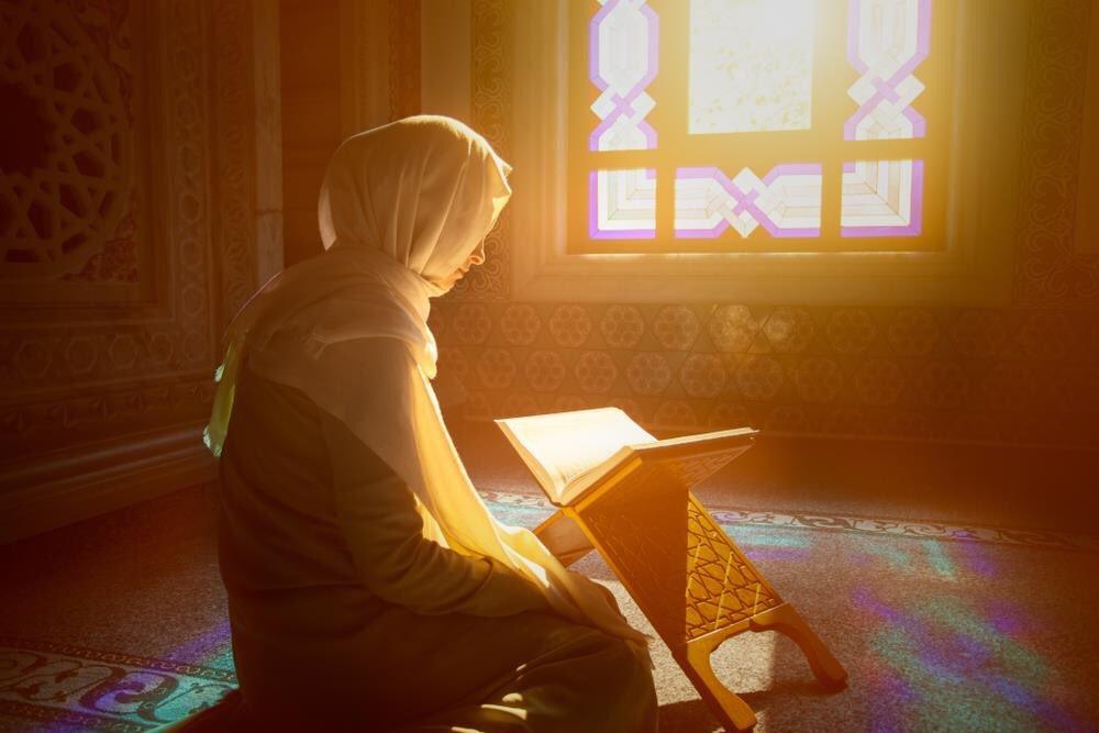 Apakah Baca Al-Qur'an dengan Irama Lagu itu Lebih Baik?