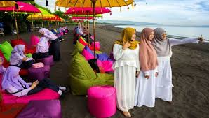 Indonesia aims to rank first in global halal tourism